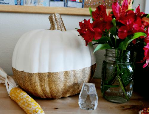 dipped pumpkin centerpiece (via makescoutdiy)