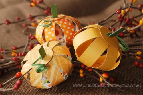 paper pumpkin centerpiece (via craftaholicsanonymous)
