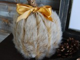 diy-faux-fur-covered-pumpkins-for-fall-and-winter-decor-7