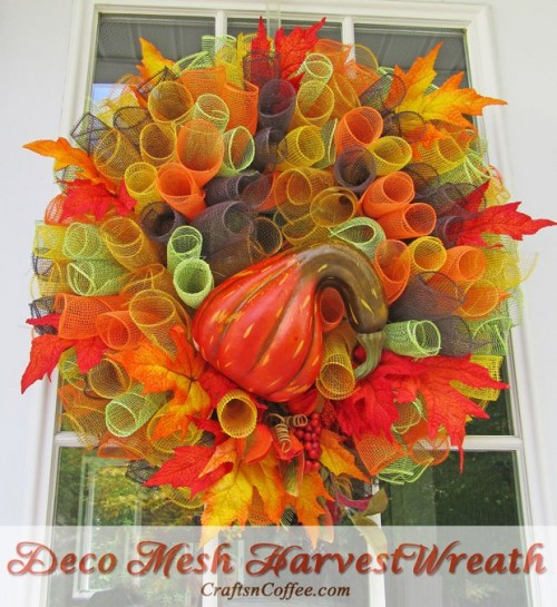 faux gourd wreath (via craftsncoffee)