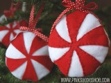 DIY Felt Peppermint Christmas Ornaments