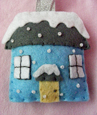 DIY Felt Winter House Ornament