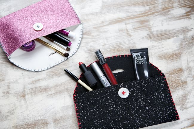 Diy Felt Pouch To Keep Your Purse In Order