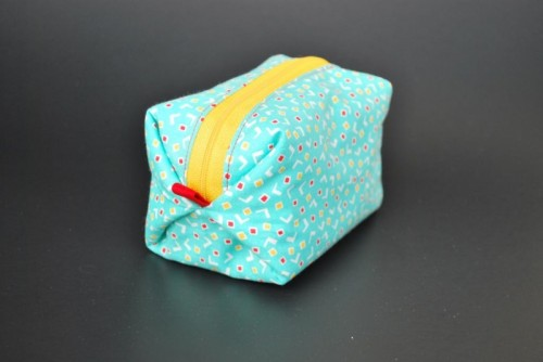 DIY Felt Pouf Zippy Pouch