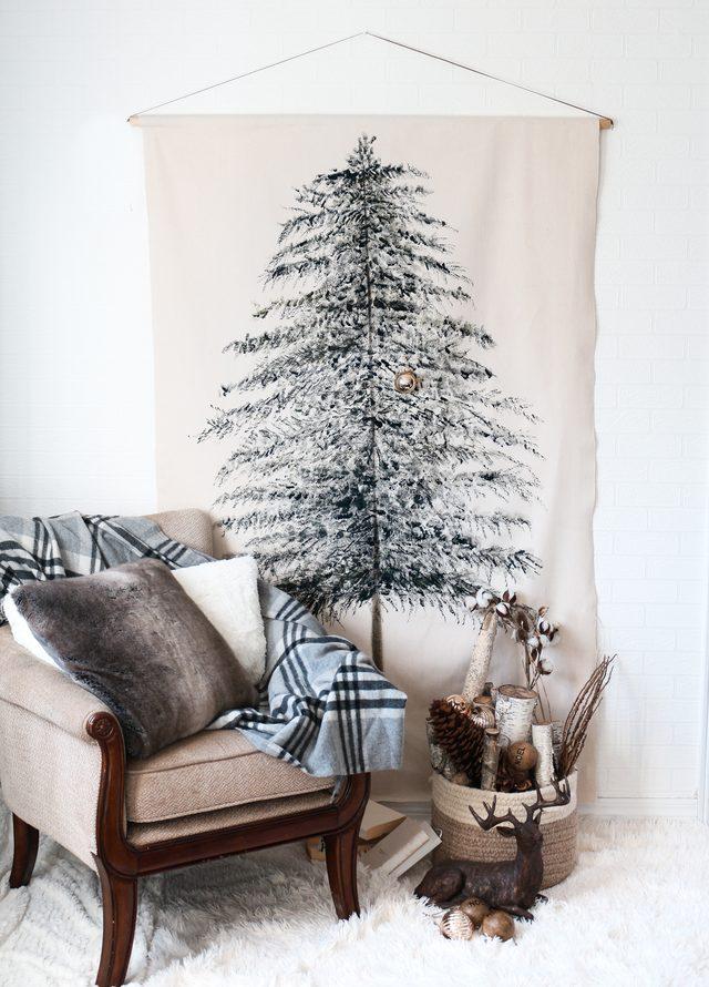 DIY Festive Christmas Tree Wall Hanging