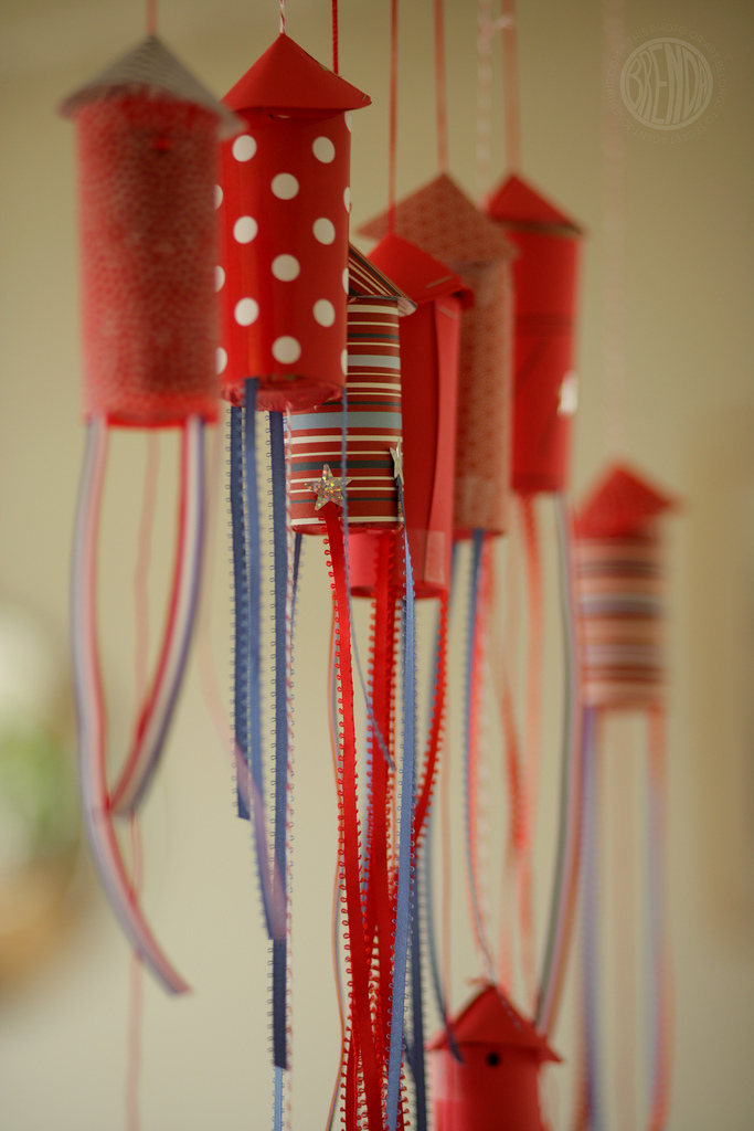 Diy Fireworks Garland For 4th Of July
