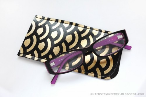 DIY Fishscale Patterned Eyeglasses Case
