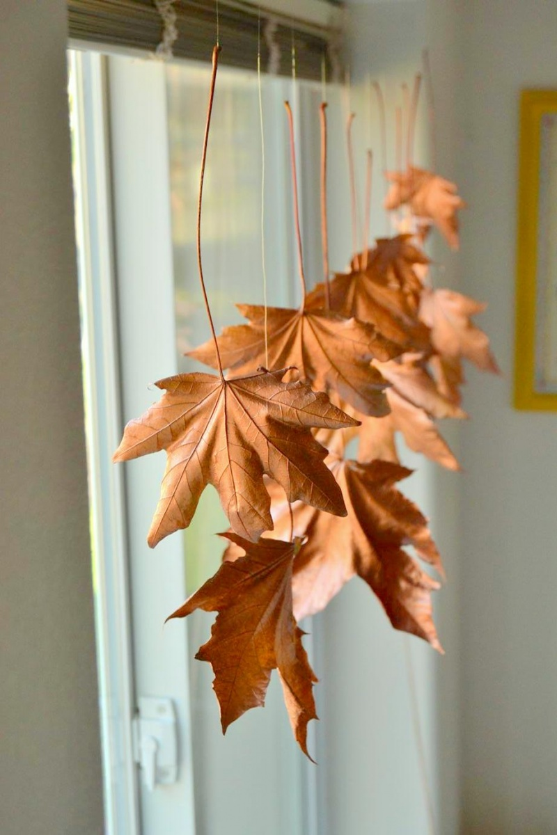 Picture Of diy floating fall leaves garland for home decor  1