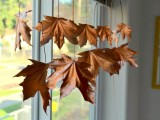 diy-floating-fall-leaves-garland-for-home-decor-6