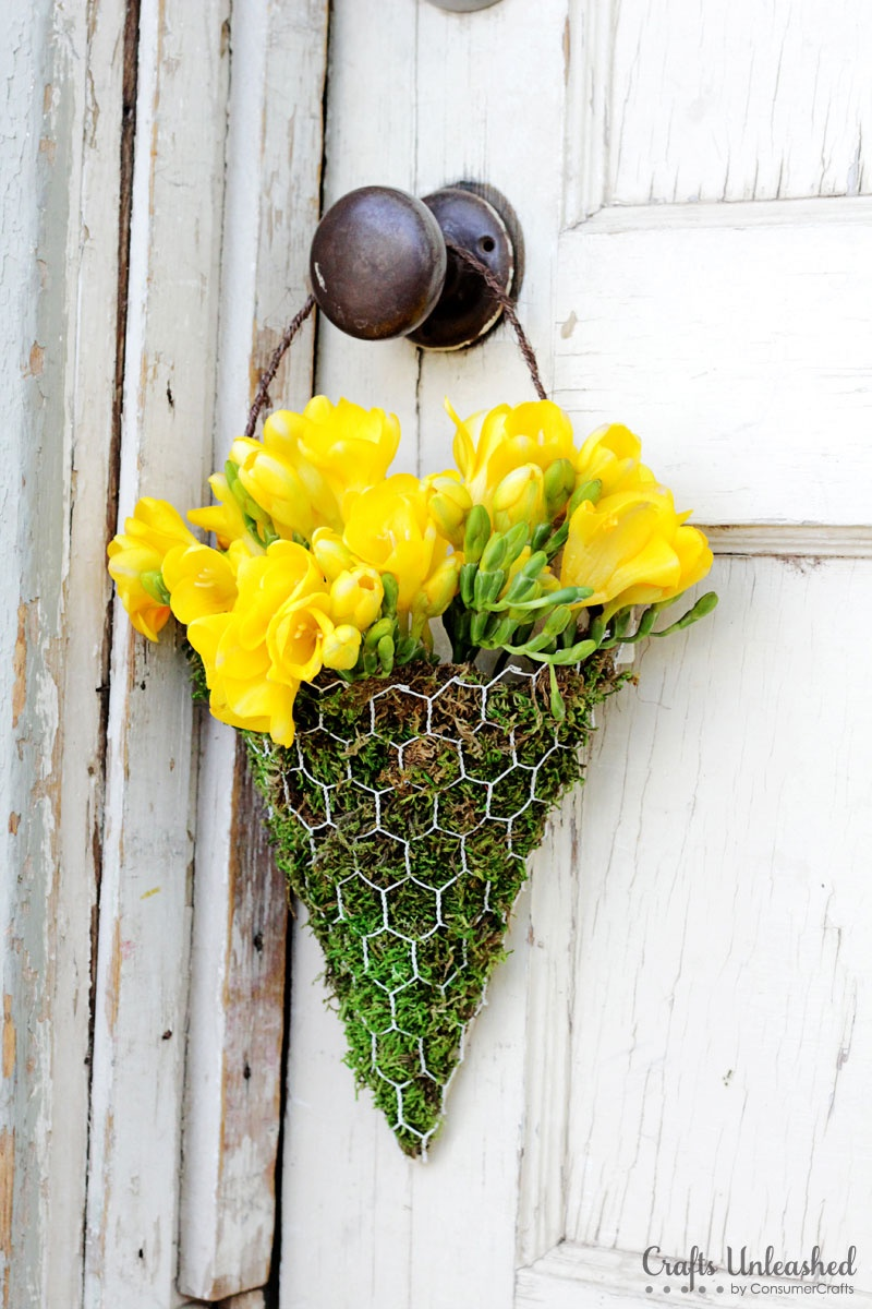 Diy Spring Wall Decor : Picture of diy floral wall sconce for spring and summer decor