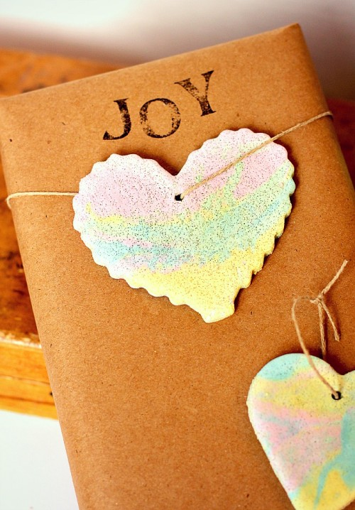marbled salt dough ornaments (via two-daloo)