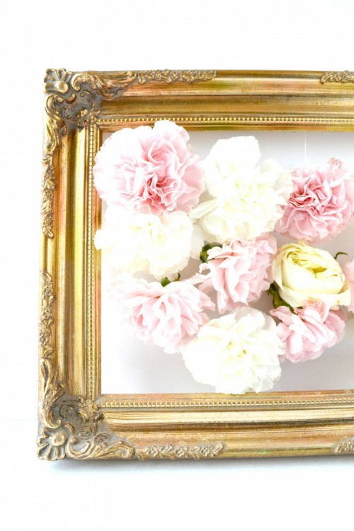 DIY Fresh Flowers Art Piece For Home Decor