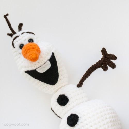 crocheted Olaf from Frozen (via 1dogwoof)