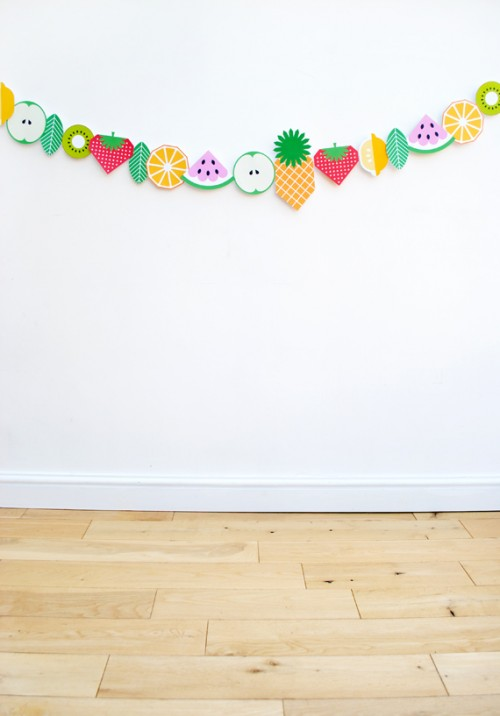 printable fruit garland (via minieco)