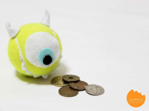 DIY Fun Coin Purse Of A Tennis Ball