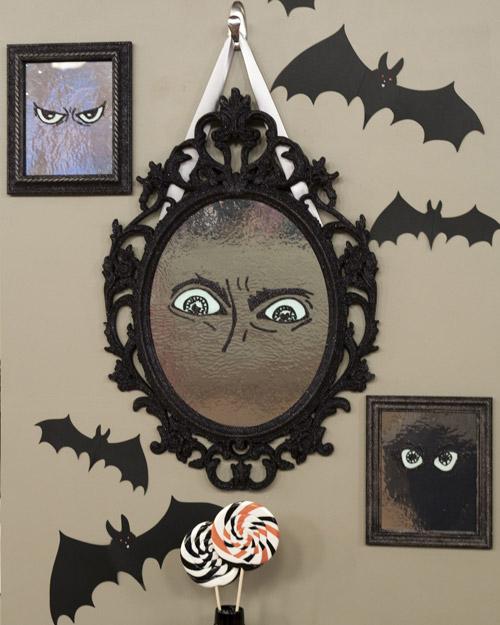 DIY Funny Halloween Mirror