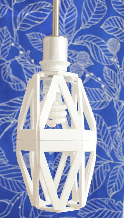 foam board geo lamp (via knowhowshedoesit)