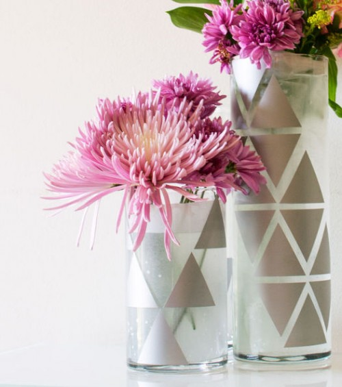 decal geo vases (via hometalk)
