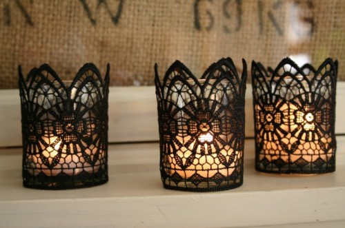 DIY Gothic Lace Candles For Halloween Decor