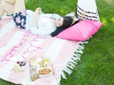 diy-giant-embroidery-picnic-blanket-2