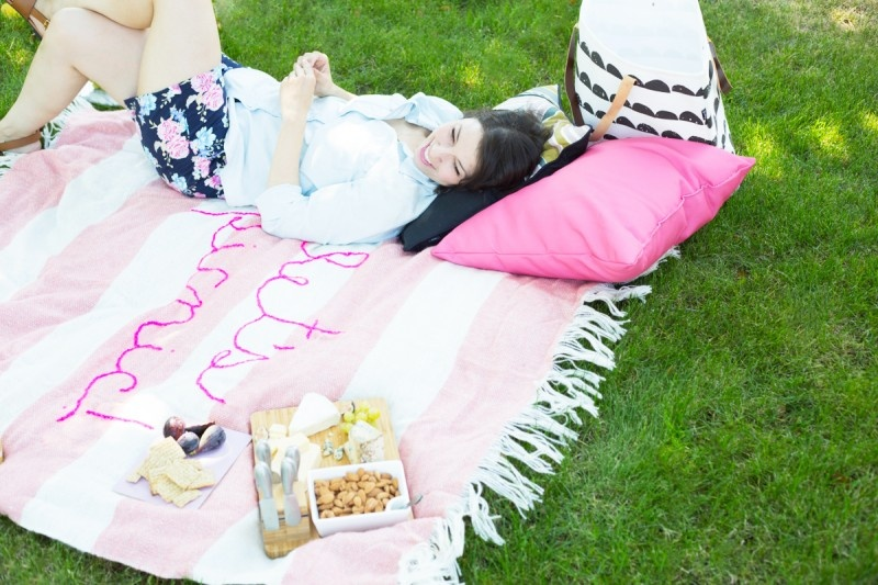 Picture Of diy giant embroidery picnic blanket  2