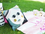 diy-giant-embroidery-picnic-blanket-5