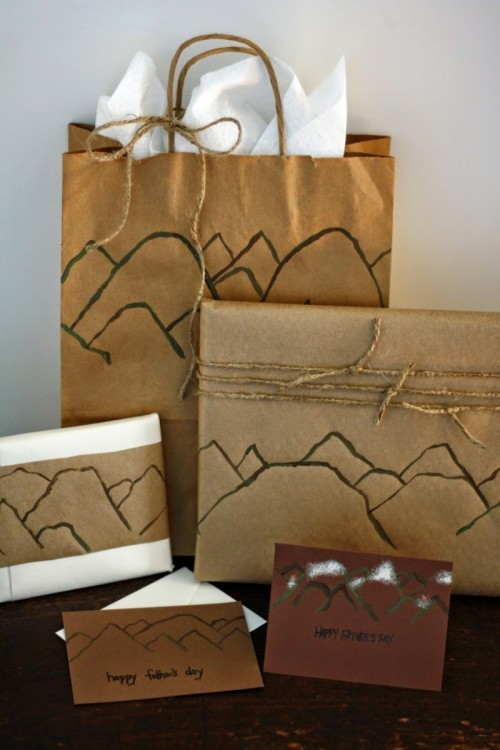 mountain gift wrap (via thesemifrugallife)