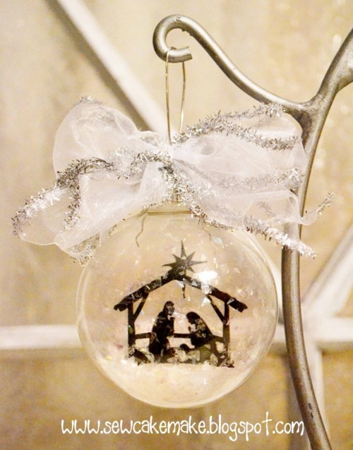 10 diy christmas tree glass ornaments shelterness