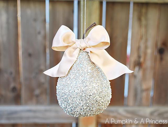 glass glitter pear