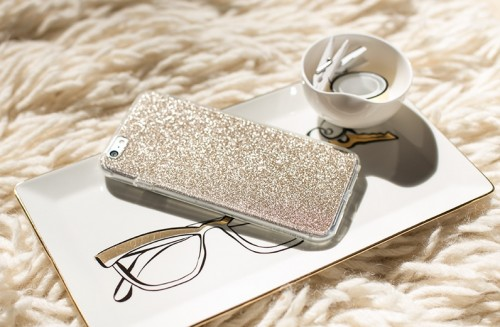 DIY Glitter Gold Phone Case In 5 Minutes