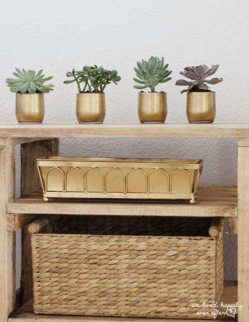 gold succulent vases (via welivedhappilyeverafter)
