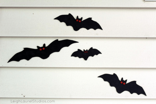 outdoor foam bats (via leighlaurelstudios)