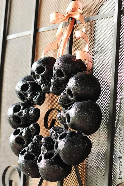 Diy Halloween Glitter Skull Wreath