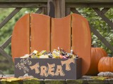 pumpkin treat stand