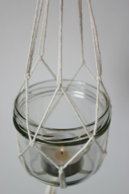 Diy hanging lanterns with candles shelterness for Hanging candles diy