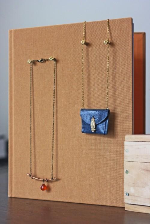 Diy Hardcover Necklace Holder