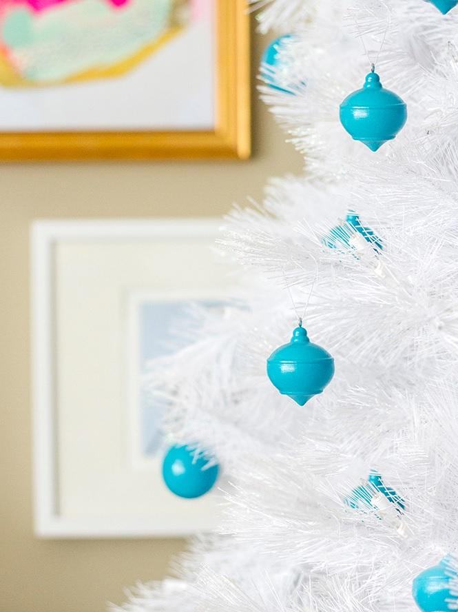 DIY High Gloss Wooden Christmas Ornaments