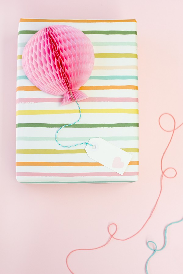 Diy Honeycomb Baloon Gift Toppers