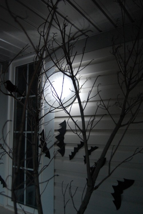 full moon lamp of a hoop (via northstory)