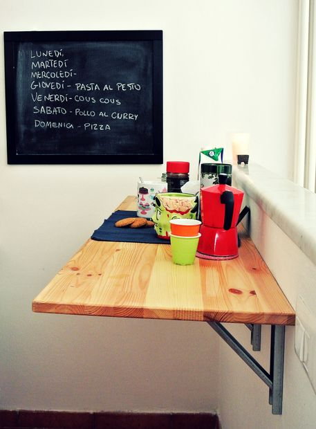 bar table (via instructables)
