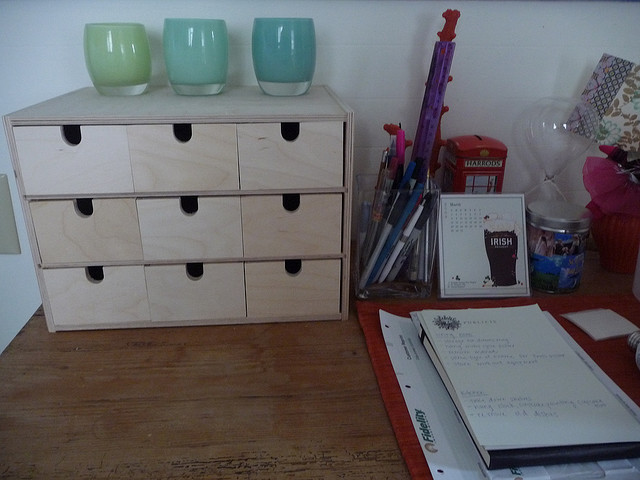 Diy ikea tabletop organizer shelterness - Desk organizer ikea ...