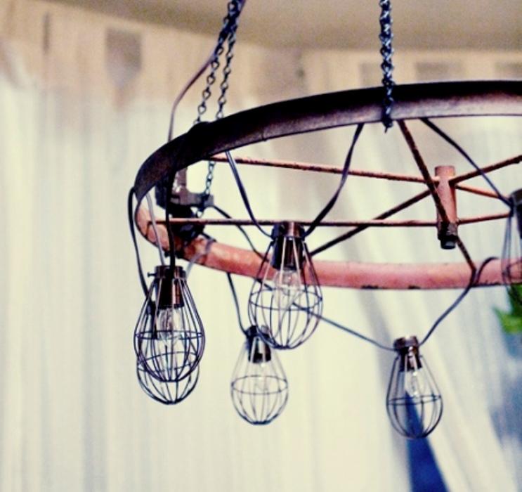 DIY Industrial And Vintage Chandelier