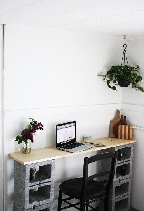 concrete block desk (via themerrythought)