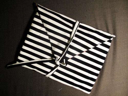 DIY Ipad Bag From Ikea Fabrics