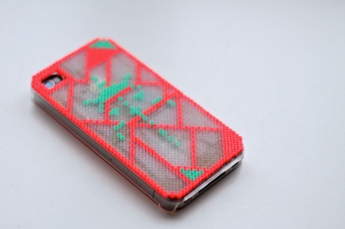 DIY iPhone Cover Of Hama Mini Beads
