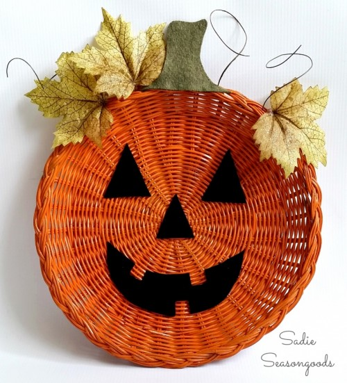 DIY Jack o Lantern Décor From A Plate Holder