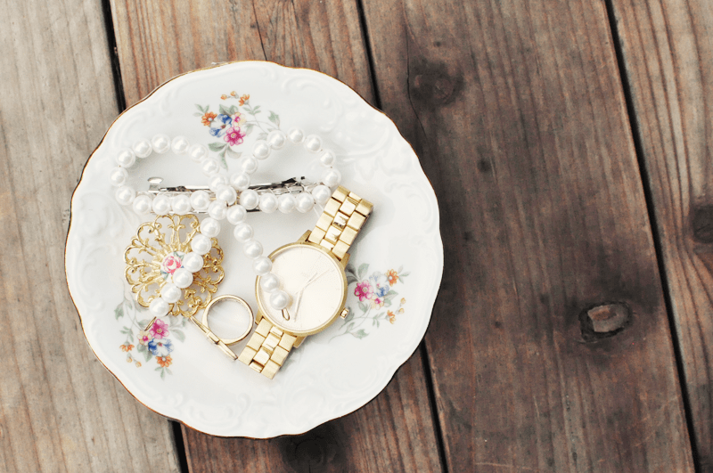 Diy Jewelry Stand Of Wintage Teacups