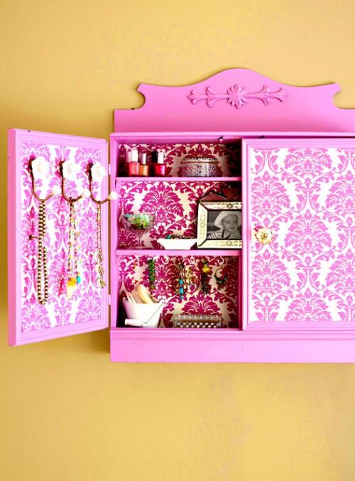 Colorful DIY Jewelry Storage Cabinet
