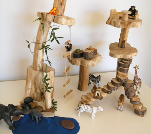 DIY Kids Treehouse Play Scene