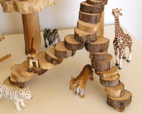 DIY Kids Treehouse Play Scene